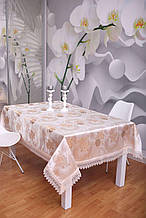Скатерть Праздничная с кружевом 3D 140-180 Розы Золотистые