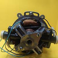 Двигатель Страуме