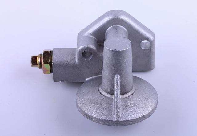 Кронштеин масляного фильтра с клапаном  КМ385ВТ (DongFeng 240/244, Foton 240/244, Jinma 24 КОД  7466