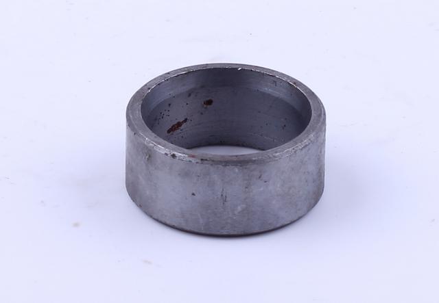 Втулка вала корпуса подшипника перед моста L-16mm, D-35mm, D(внт.)-28 Jinma 200/204/240/244 КОД  8182