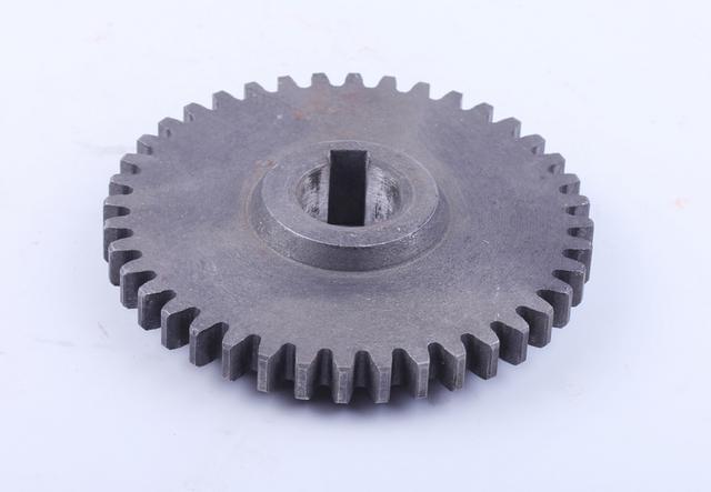 Шестерня промежуточная привода НШ Z-40 Xingtai 120/220 КОД  8074