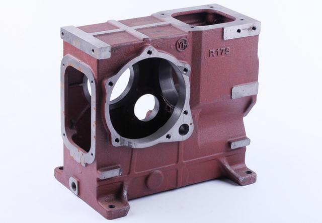 Блок двигателя - 175N КОД  3820