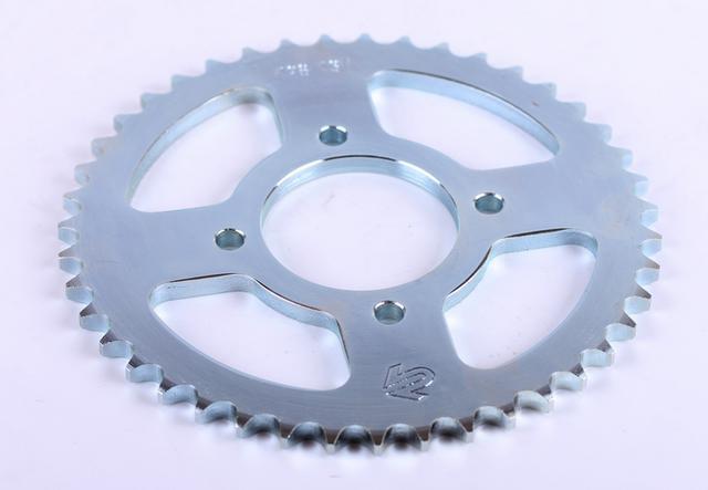 Звезда на мотоцикл  задняя 43Т 428Н (литое колесо) СВ 125/150 Premium КОД 98241