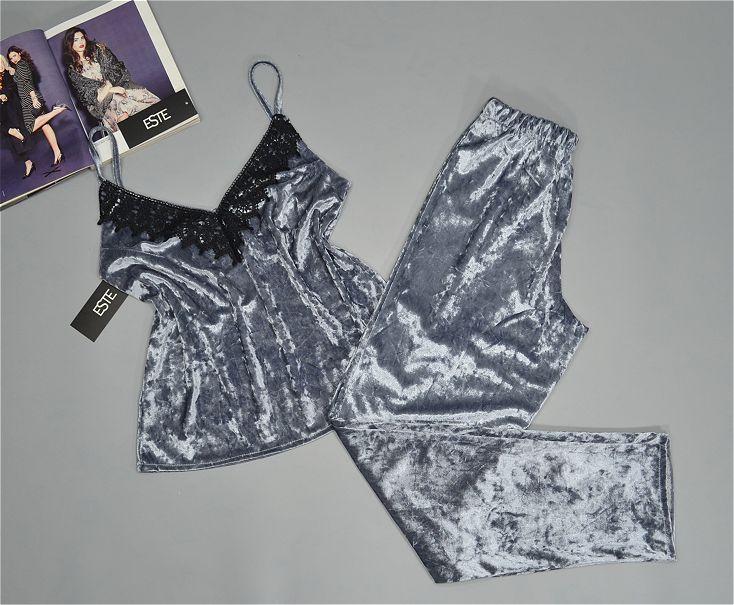 Пижама женская майка+штаны велюровая с хлопковым кружевом Este 301-1 серебро.