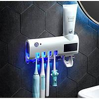 Диспенсер для зубных щеток с дозатором. Диспенсер 3 в 1 диспенсер, держатель и УФ стерилизатор зубных щеток