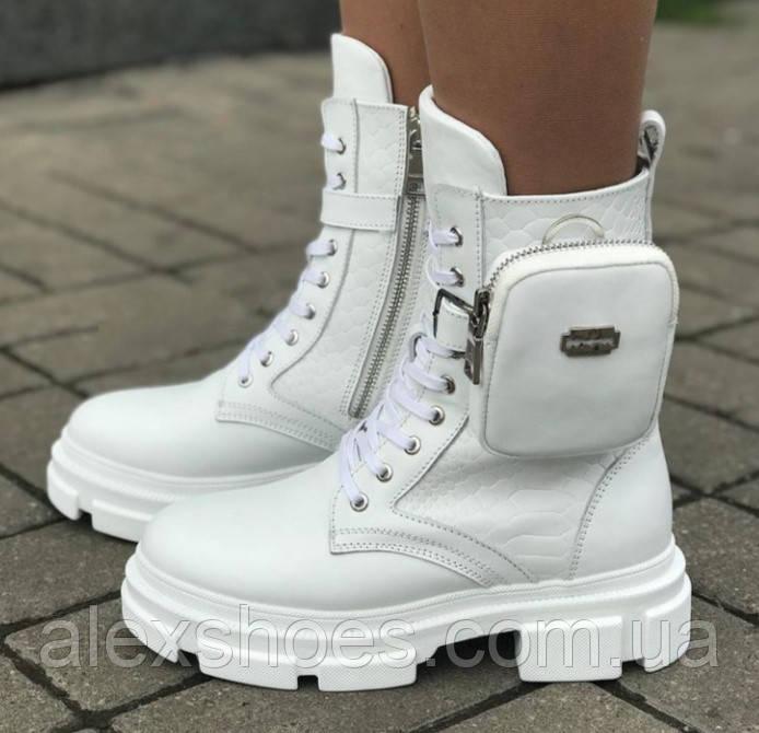 Ботинки женские зимние из натуральной кожи белого цвета от производителя модель ЛИН1010