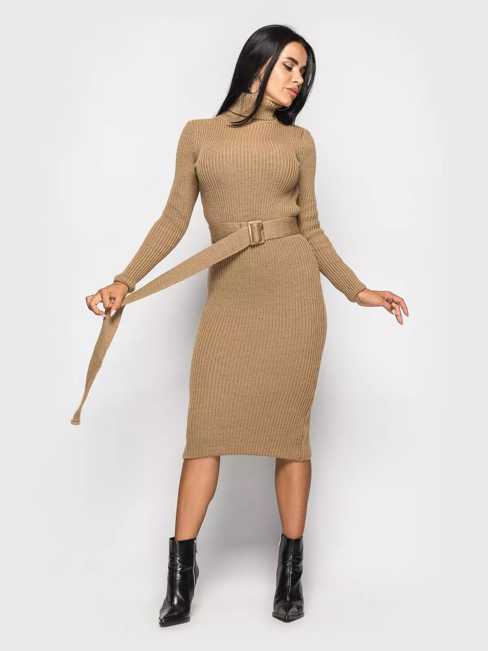Модне в'язане плаття з горлом і поясом 42-46 розмір