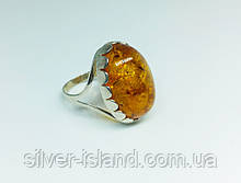 Серебряный перстень с янтарем