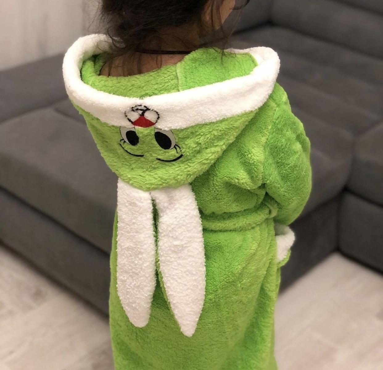Яркий махровый детский халат Зайчик