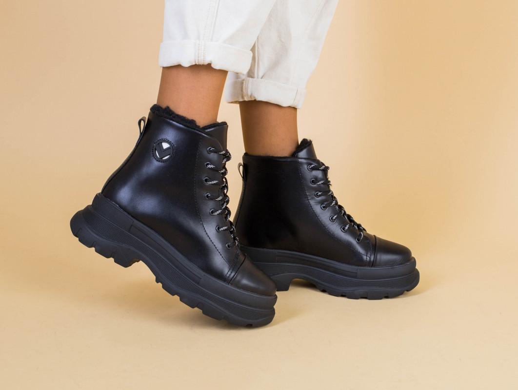 Ботинки женские кожаные черные на черной подошве, зимние
