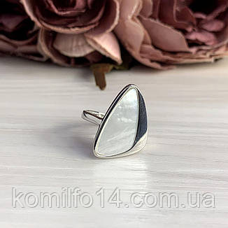 Срібне кільце з натуральним перламутром, фото 2
