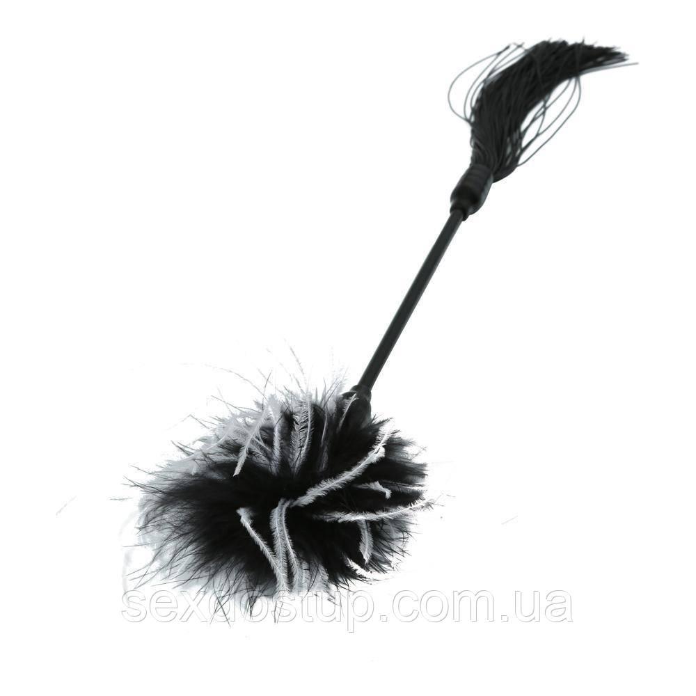 Метелочка 2-в-1 Sex And Mischief - Whip & Tickle Blck/White (щекоталка и шлепалка)