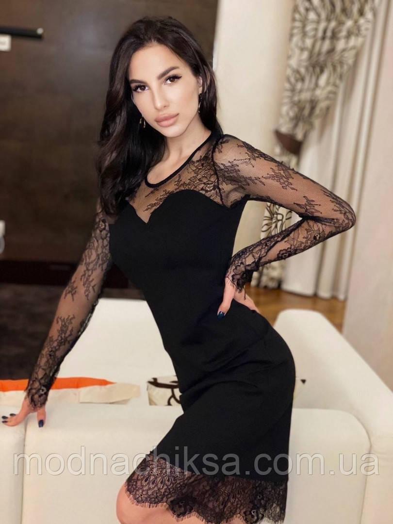 Нарядное платье комбинированно с фатином