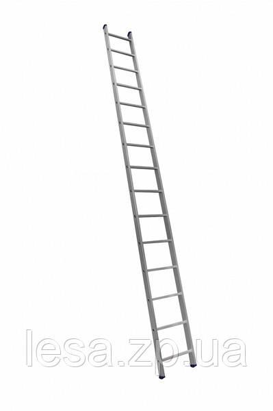 Алюминиевая односекционная приставная усиленная лестница на 15 ступеней (полупрофессиональная)
