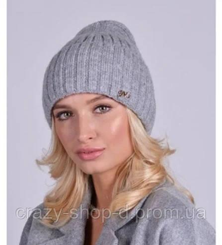 Женская шерстяная шапочка
