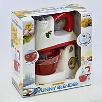 Міксер дитячий 6002 N (18) з чашею, обертання віночків, світло, в коробці