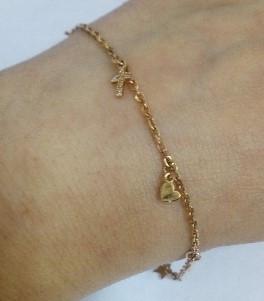 Золотой браслет с подвесками