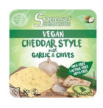 Сир чеддер веганський з часником та цибулею шніт, Sheese, 200г