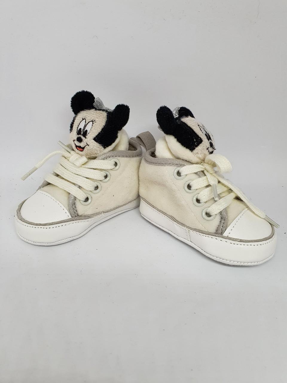 Пинетки-кроссовки Disney,на 3-6 месяцев
