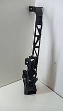 Кронштейн крепления фари Mazda 5 CR 2005-2010 гг C29150151