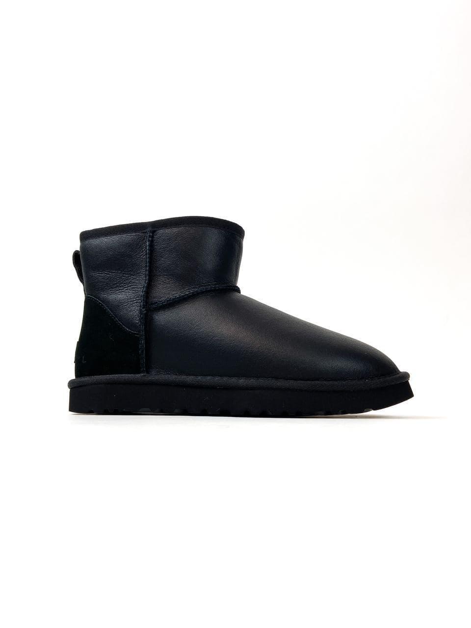 Уггі UGG Australia Classic Mini Black Leather