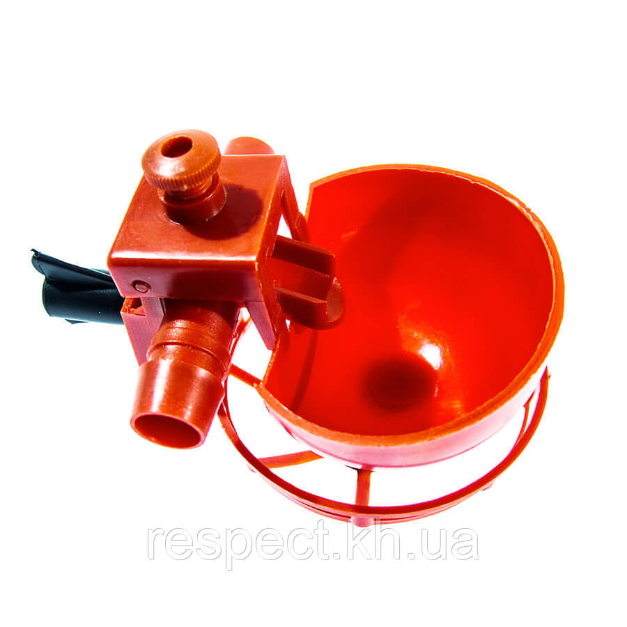 Микрочашечная поилка с 2-мя патрубками 15 мм и регулятором (сетка)