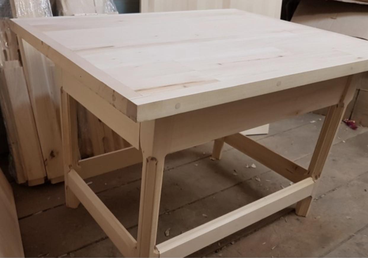 Деревянная заготовка стола для резьба по дереву