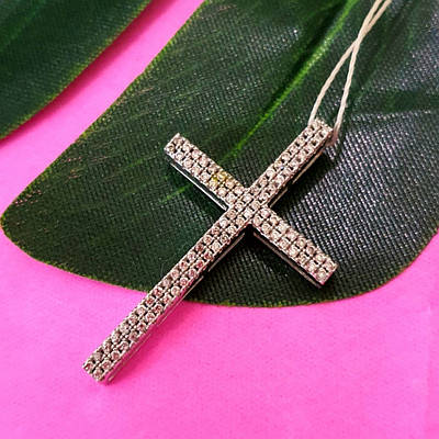 Серебряный католический крестик с цирконием - Крестик с фианитами без распятия - Женский серебряный крестик