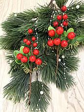 Бутоньерка с красными ягодами ( 17 см ), фото 2