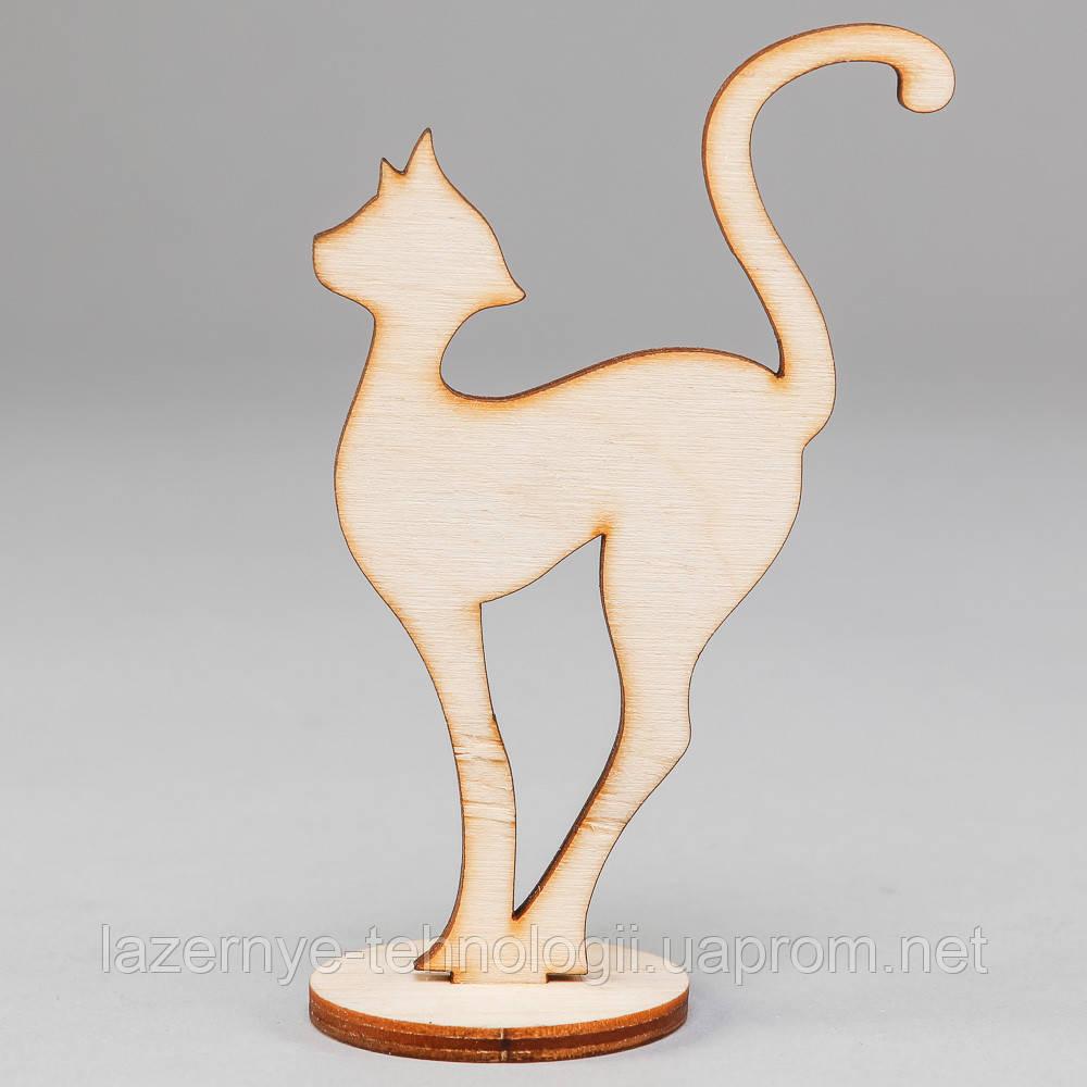 "Заготовка для декупажа и декора ""Кошка на подставке сред."""