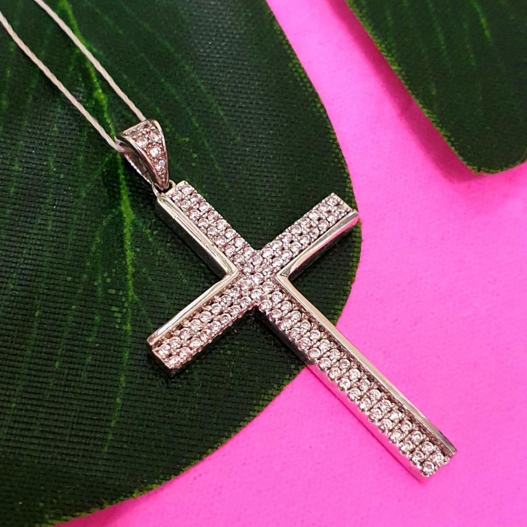 Серебряный крестик католический - Католический крестик из серебра с камнями