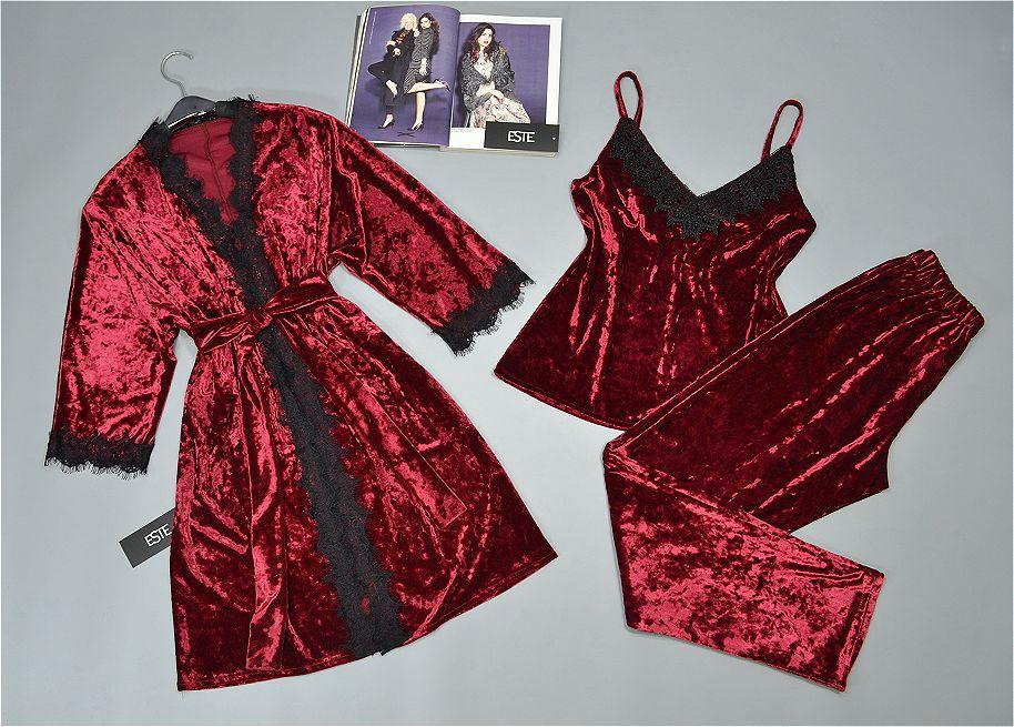 Женский комплект домашней одежды из велюра бордовый.