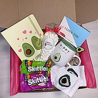 """Подарочный набор для девочки девушки от Wow Boxes """"Авокадо бокс"""""""