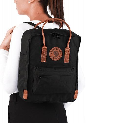 Женский рюкзак-сумка канкен черный 16 л. с коричневыми ручками Fjallraven Kanken classic No2