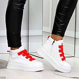 Модные белые женские кроссовки кеды криперы на красной шнуровке, фото 4