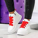 Модные белые женские кроссовки кеды криперы на красной шнуровке, фото 5
