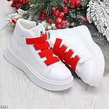 Модные белые женские кроссовки кеды криперы на красной шнуровке, фото 6