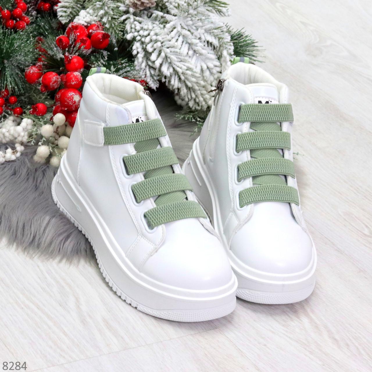 Модные белые женские кроссовки кеды криперы на оливковой шнуровке