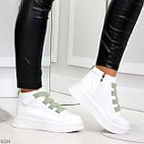 Модные белые женские кроссовки кеды криперы на оливковой шнуровке, фото 4