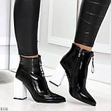 Люксовые черные лаковые женские ботинки ботильоны на фигурном белом каблуке, фото 5
