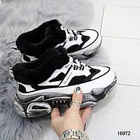 Женские зимние кроссовки бело черные