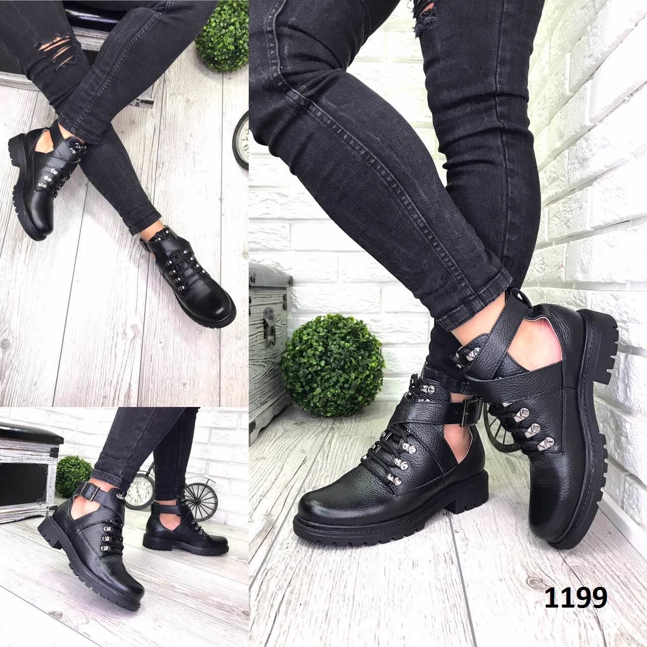 Ботинки женские демисезонные кожаные черные открытые с пряжками