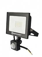 Прожектор светодиодный евросвет 30Вт с датчиком движения EV-30-504D 6400К 2700Лм