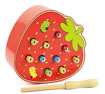 Розвиваюча гра Дерев'яна магнітна рибалка Черв'ячки у полуниці FS-222700