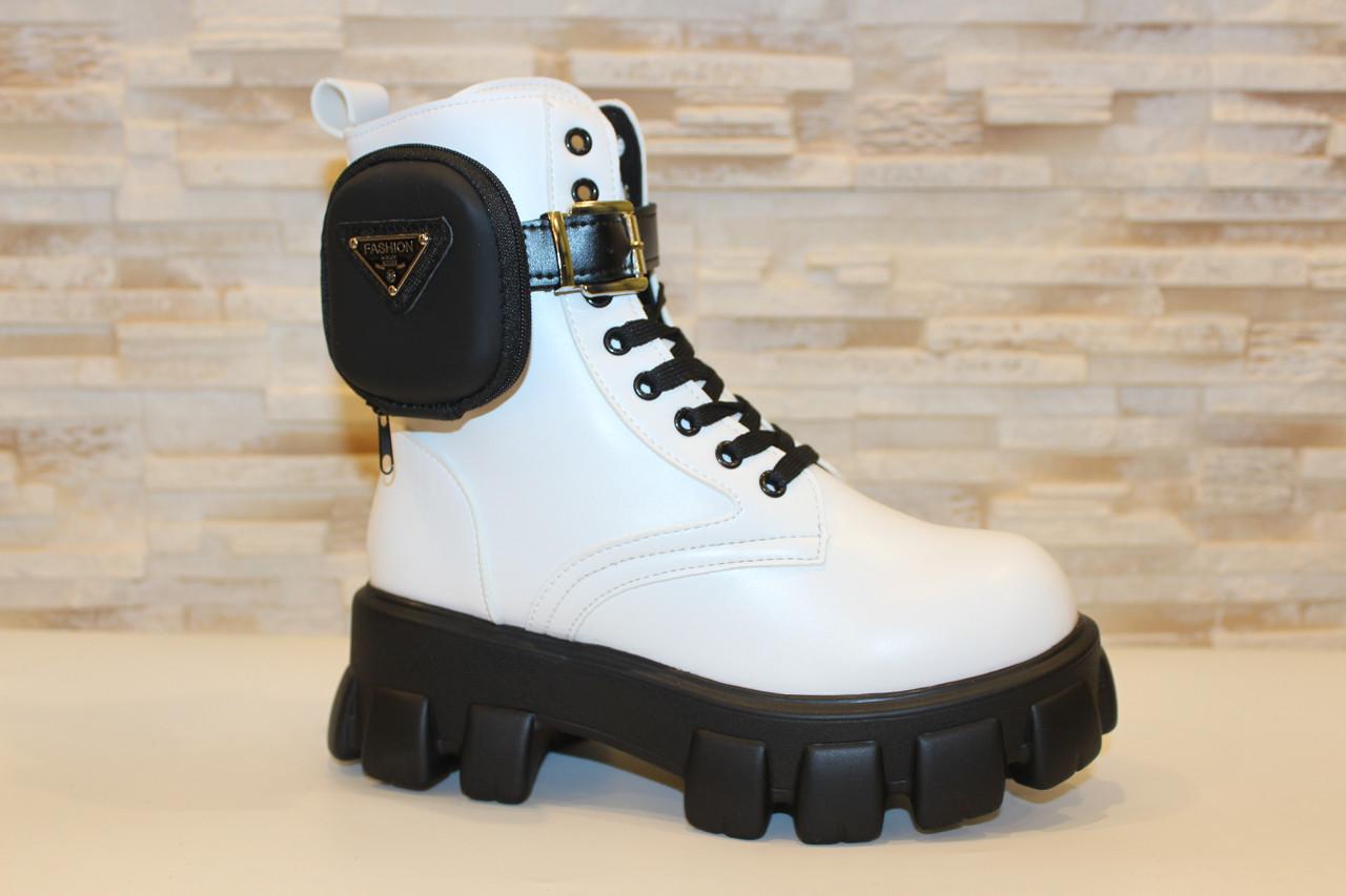 Черевики жіночі білі на шнурівці Д682