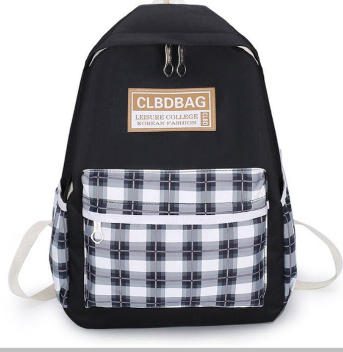 Стильний рюкзак в клітку для школи