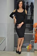 Женское платье на плечах с шипами голая спина