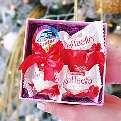 Мини-набор с киндер джой и конфетами