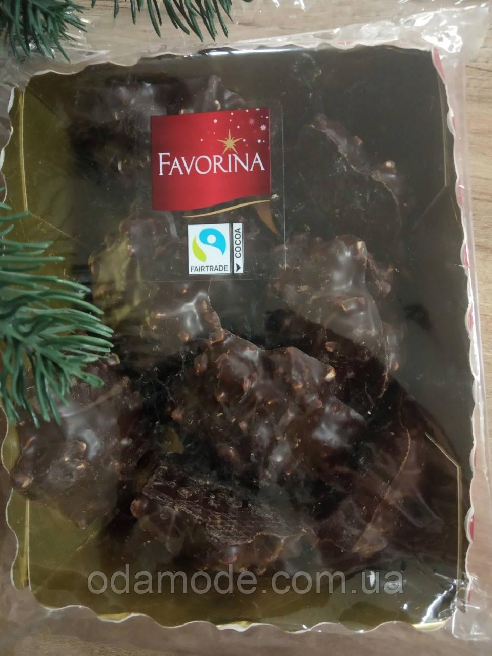 Шоколадные пряники с орешками Pierniki wiodowe Favorina 200г(Польша)
