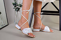 Шлепанцы-босоножки женские кожаные белые с обтянутым каблуком 3.5 см